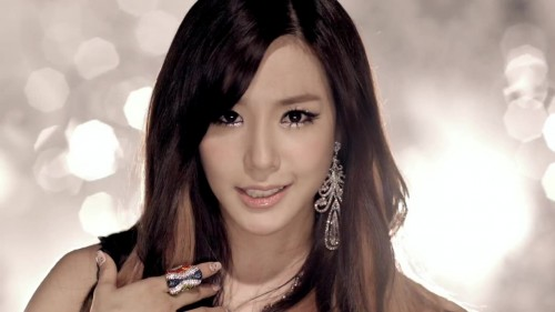 Girls Generation (SNSD) - Tiffany from 'The Boys' music video