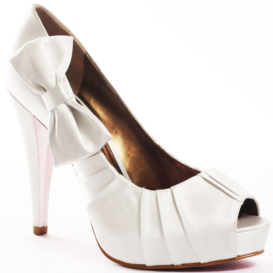 Paris Hilton Regal Ribbon Pumps In White Satin Color